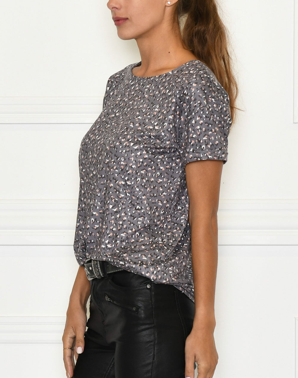 Luxzuz Karin t-shirt rock grey - Online-Mode