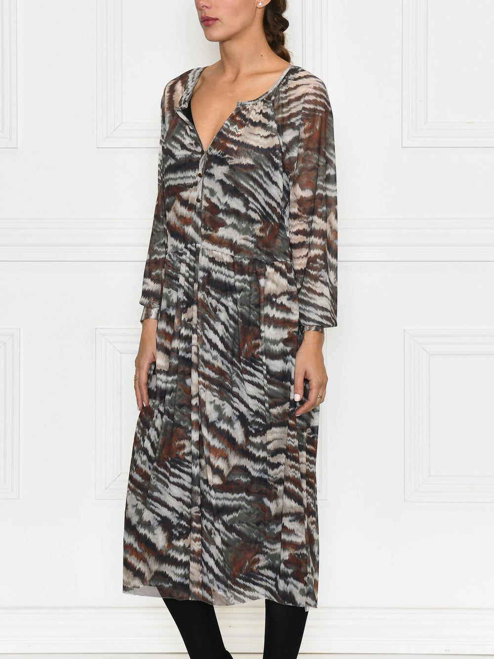 Luxzuz Sesil dress jungle - Online-Mode