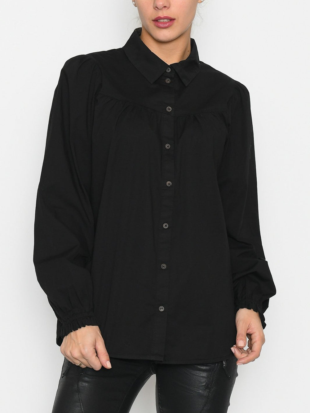 Luxzuz Sheilana shirt black - Online-Mode
