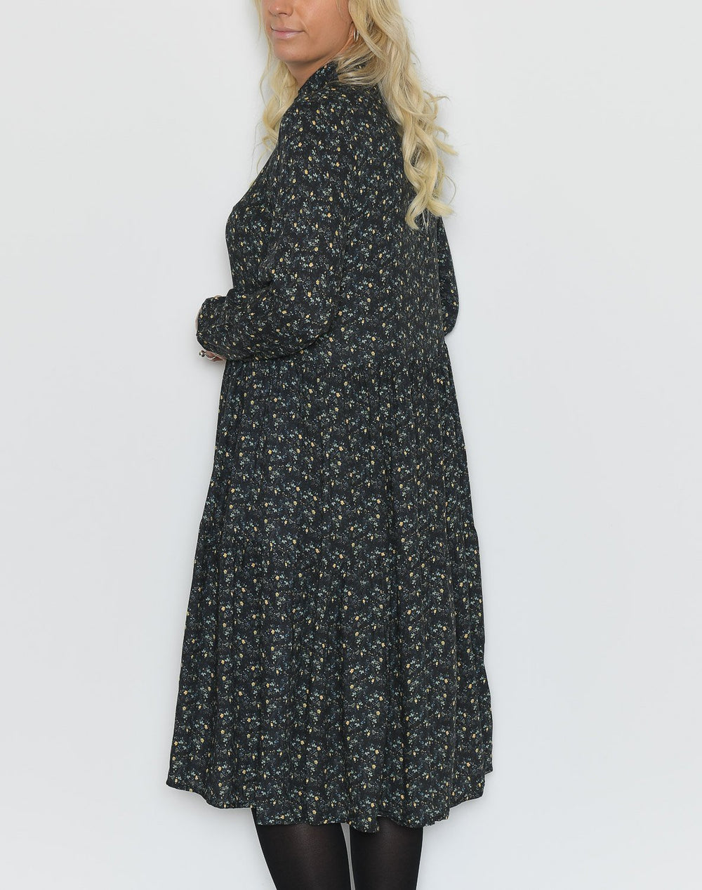 Noella Lipe dress black flower - Online-Mode