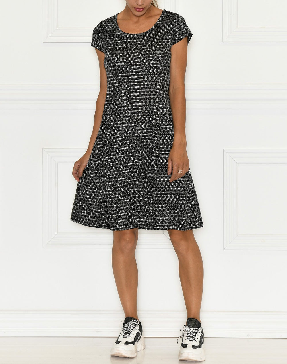Ofelia Fiola dress print 1 black - Online-Mode