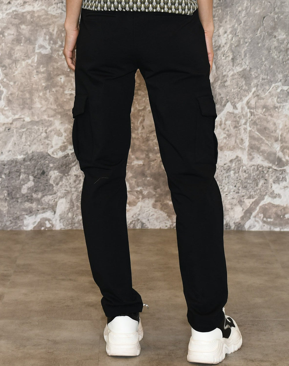 Ofelia Lara new pants black - Online-Mode