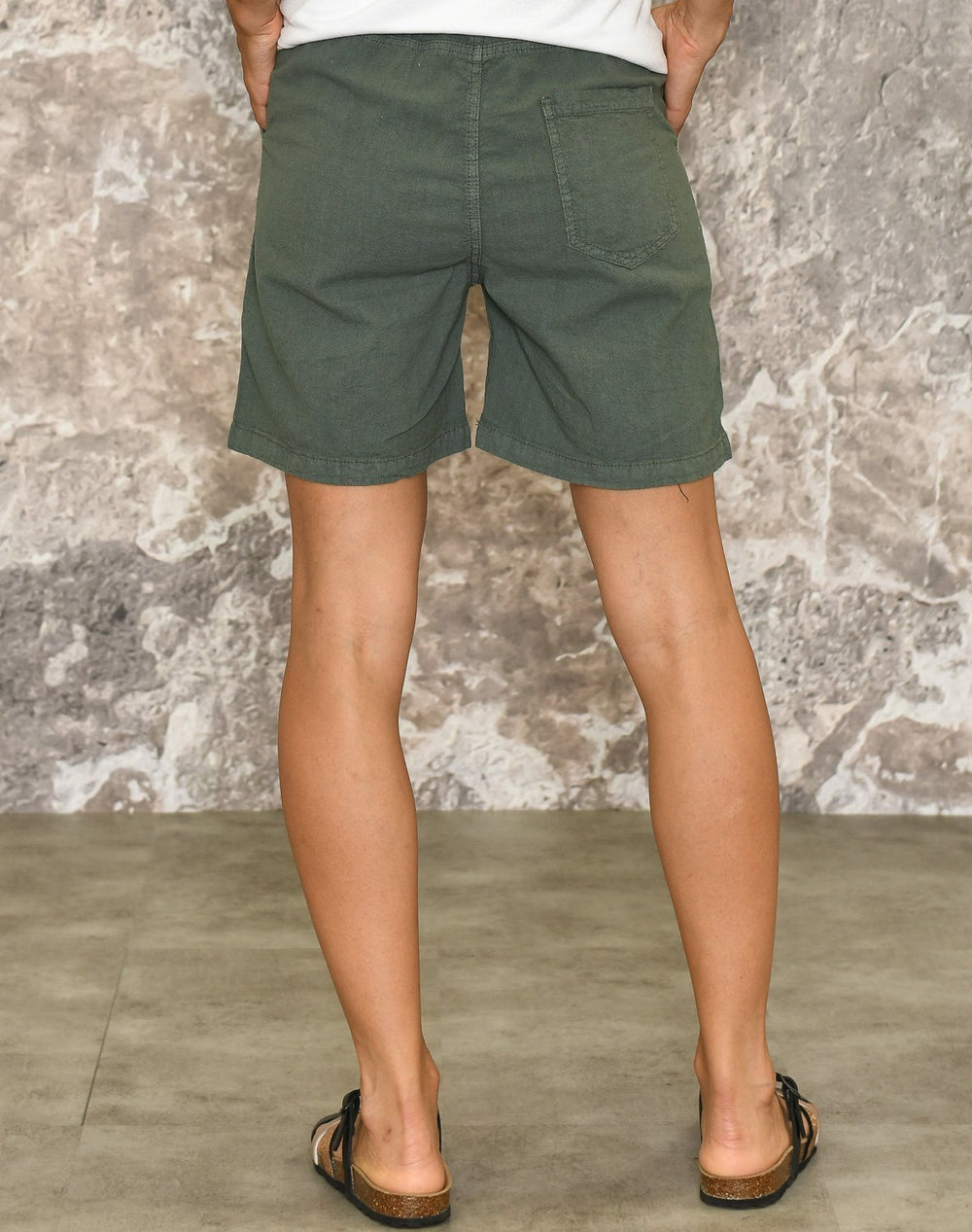 Ofelia Sitta shorts light olive - Online-Mode