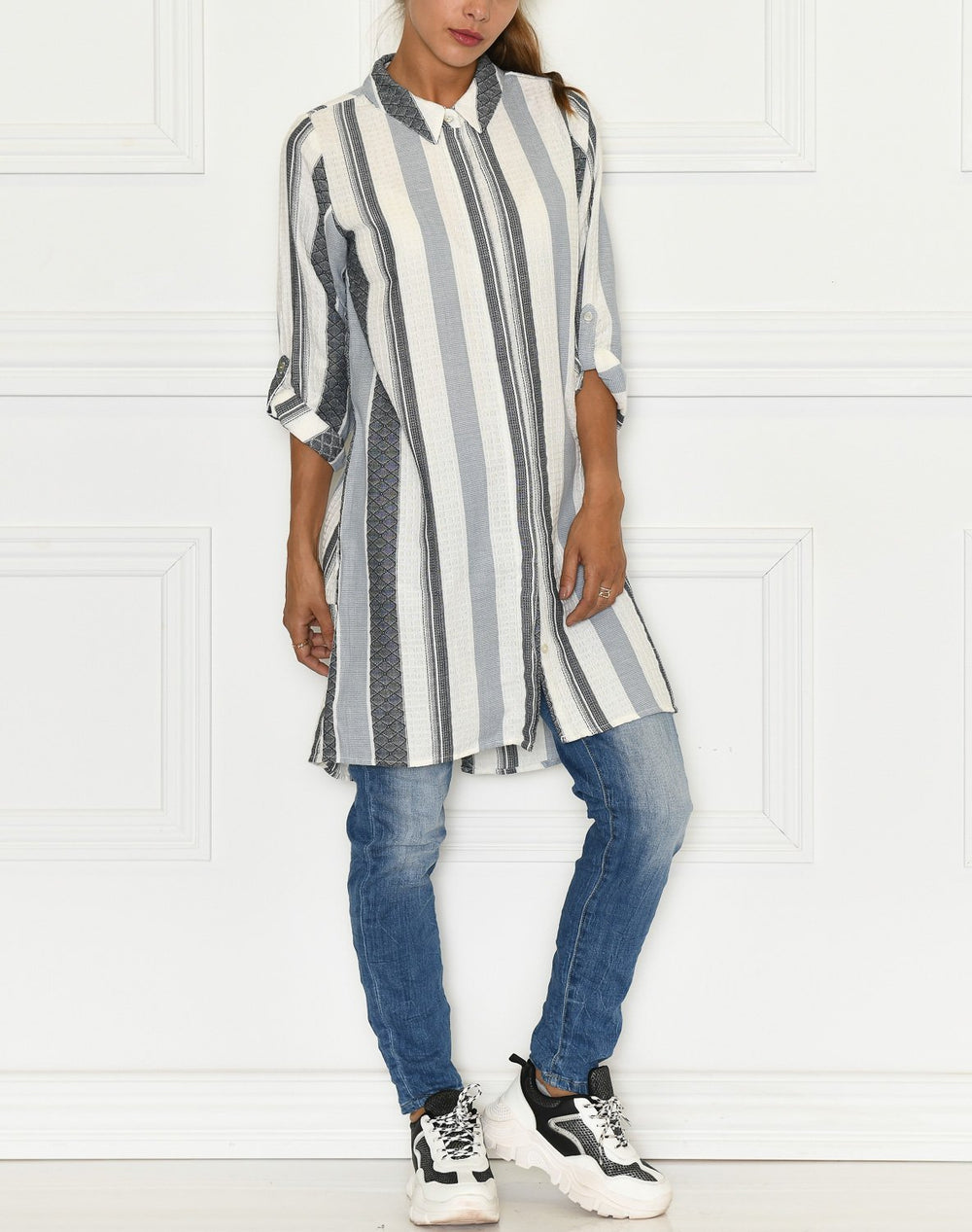 Ofelia Syrena long shirt 2 off white / grey - Online-Mode