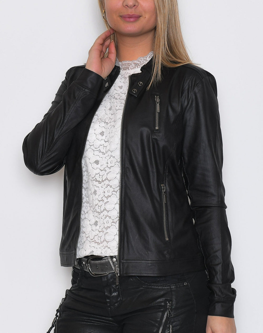 One Two Freeby light jacket black - Online-Mode