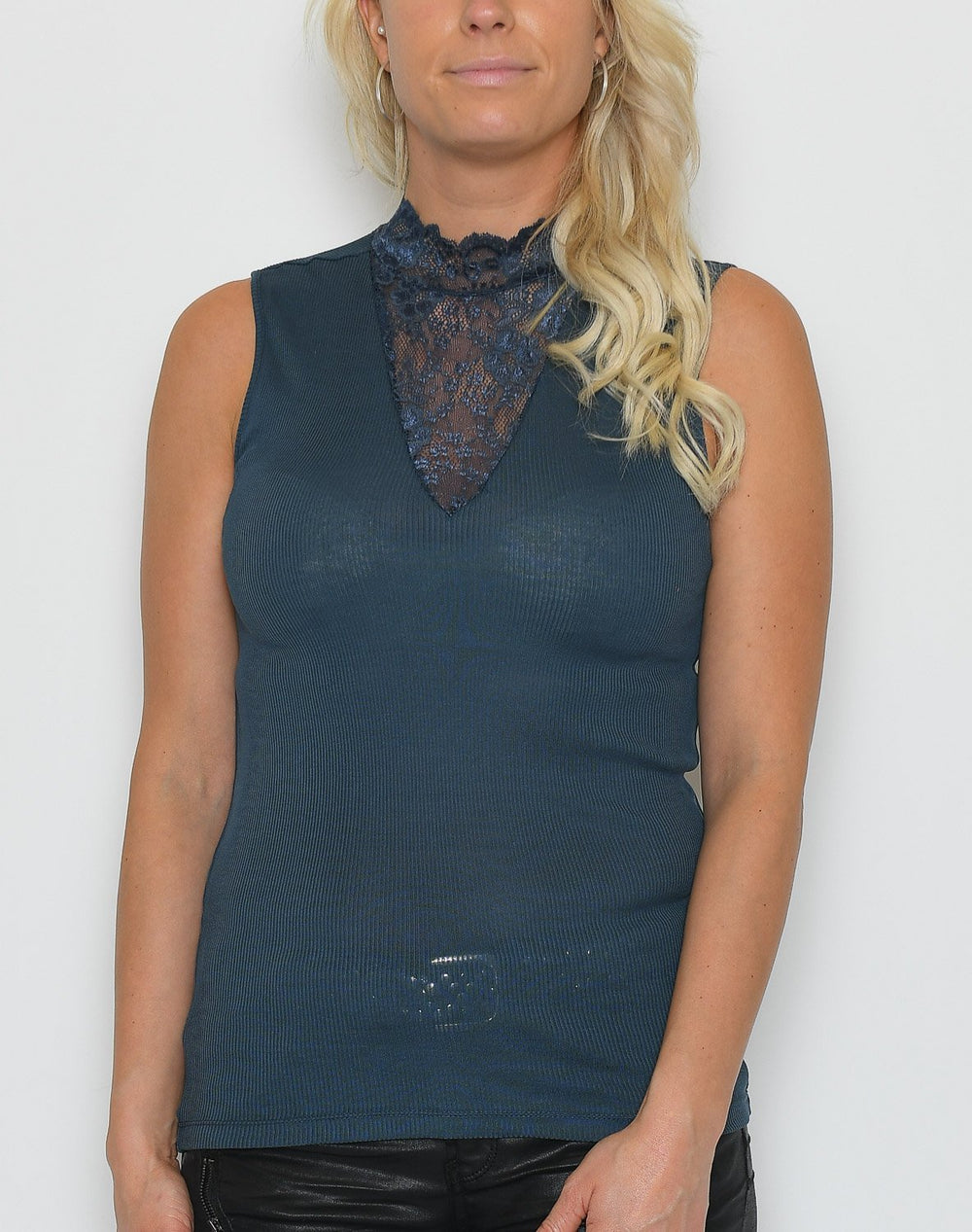 Saint Tropez P1521 blouse with lace navy - Online-Mode