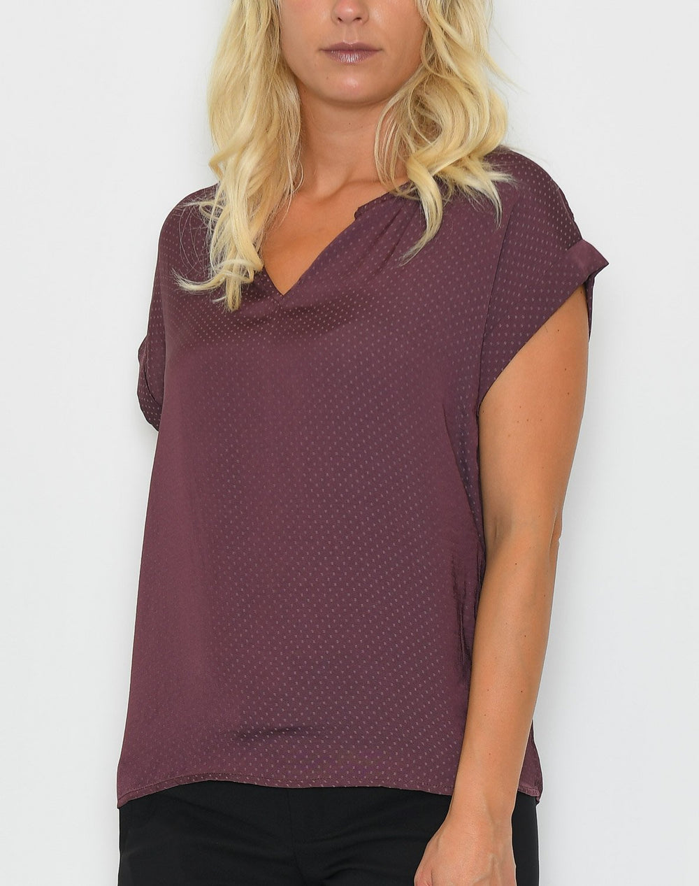 Saint Tropez Top with fabric dots aronia - Online-Mode