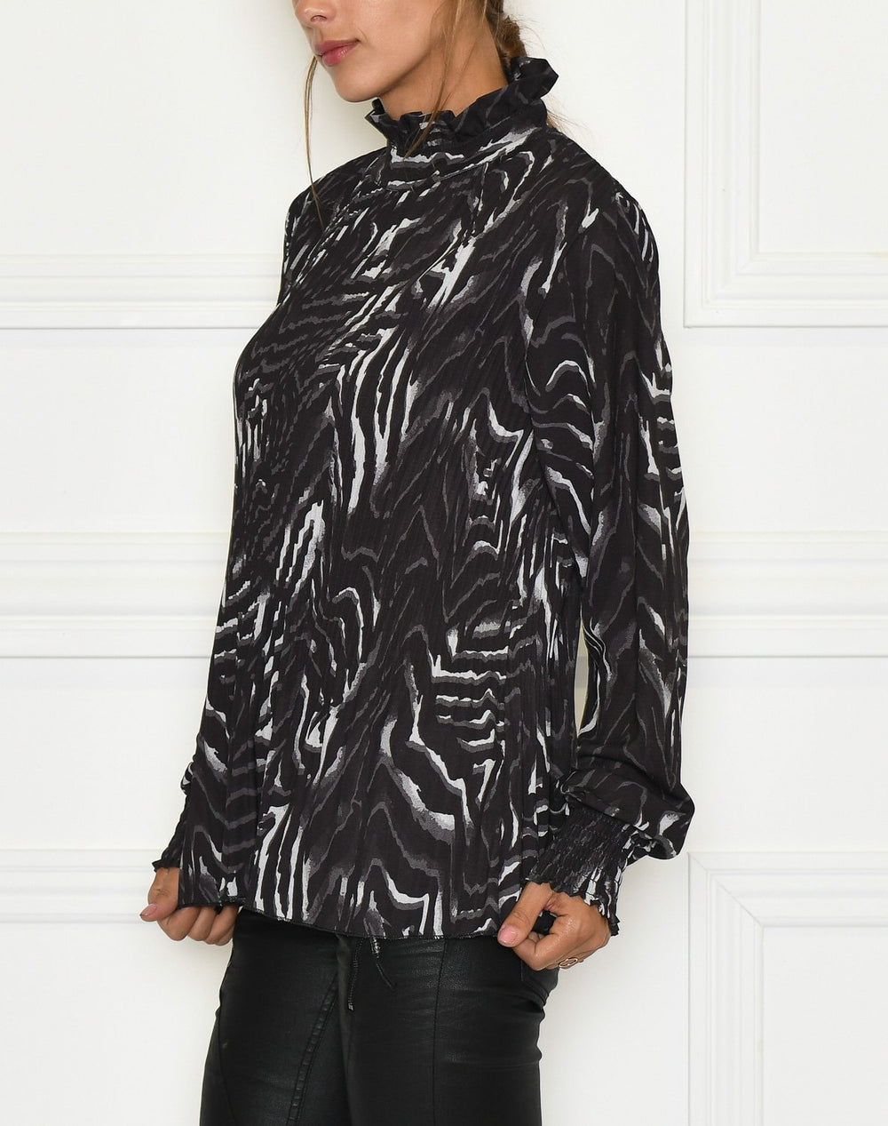 Silja blouse black mix - Online-Mode