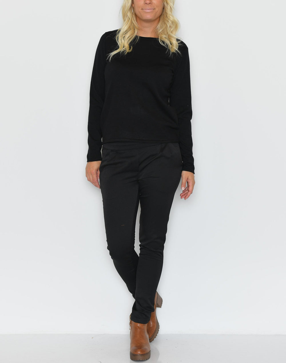 Soft Rebels Zara o-neck knit roll edge black - Online-Mode