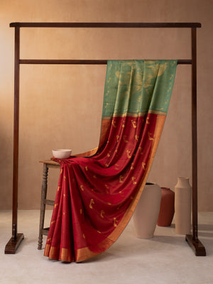 Classical Art Woven In Bridal Red Pure Kanchipuram Silk Saree with Gold Zari