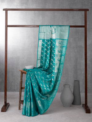 Classical Art with Sapphire Isles Green Pure Kanchipuram Silk Saree with Silver Zari