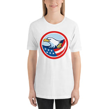 Load image into Gallery viewer, Retro American Flag Bald Eagle Short-Sleeve Unisex T-Shirt