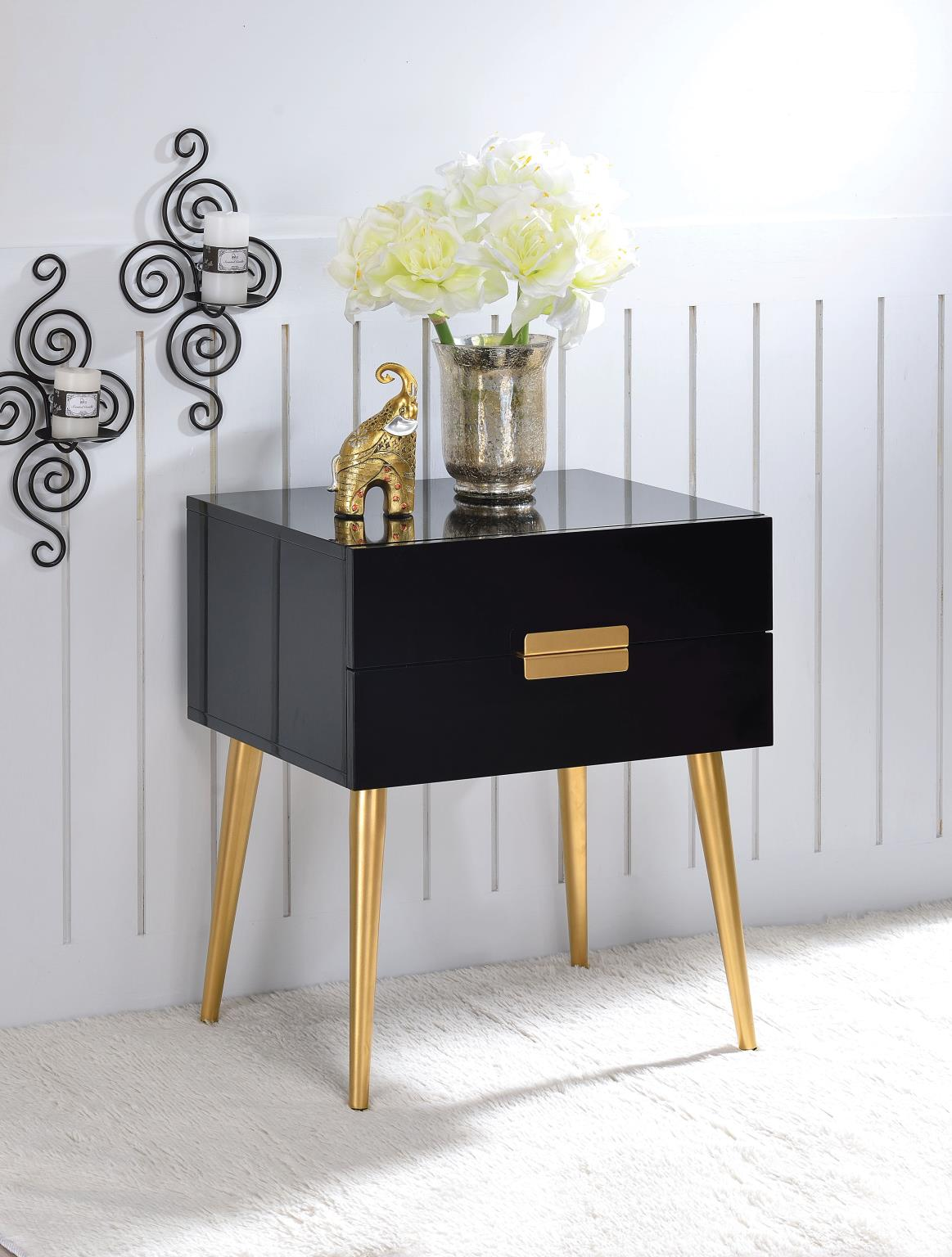 Emmy End Table / Side Table