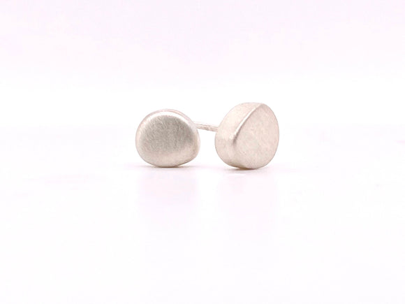 Baby Pebble Post Earrings