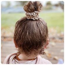 Load image into Gallery viewer, Crochet Scrunchie Toffee
