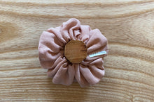 Load image into Gallery viewer, Vintage Blush Linen Scrunchie