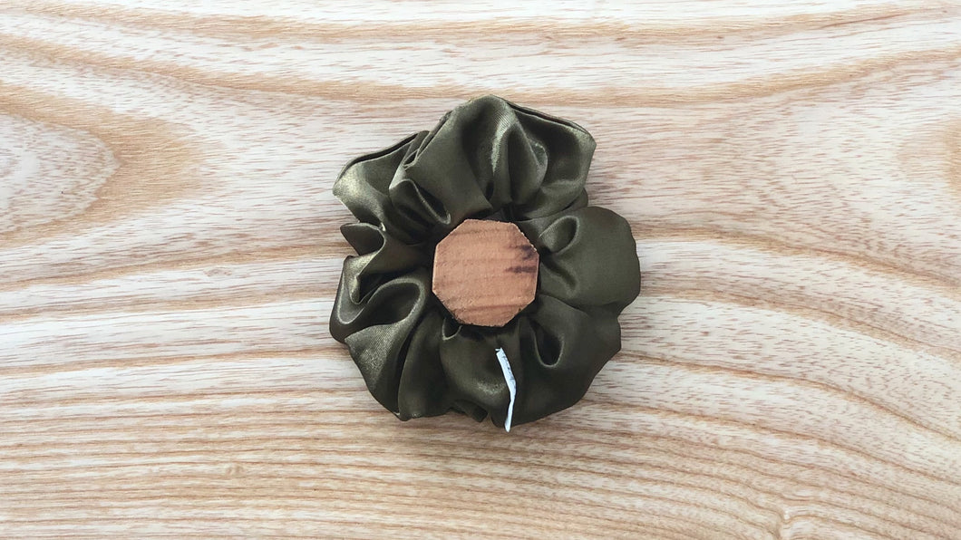 Satin Scrunchie Olive