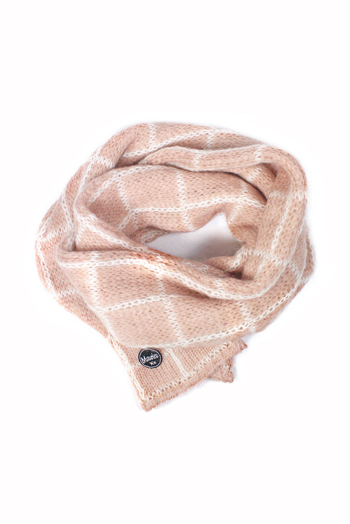 checked scarf old pink