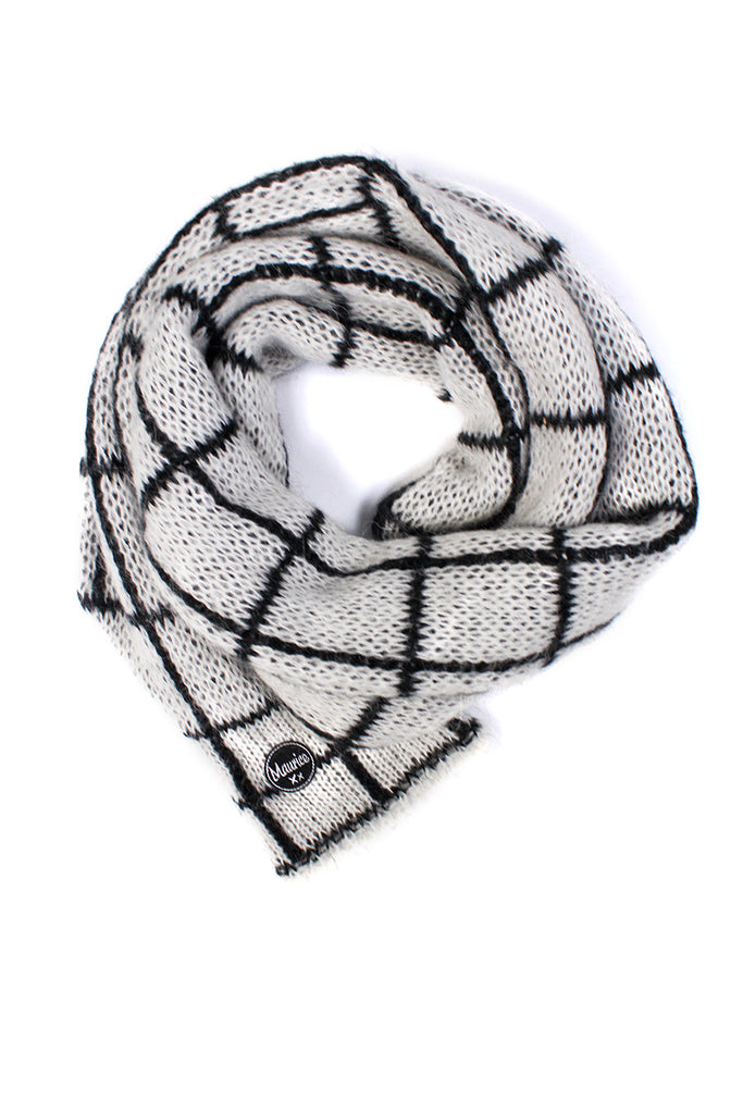 checked scarf white