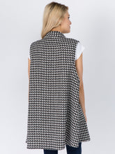 Load image into Gallery viewer, Houndstooth Mock Neck Vest