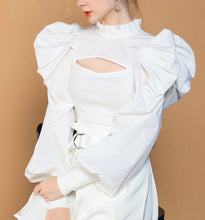 Load image into Gallery viewer, Romina Bubble Sleeve Blouse