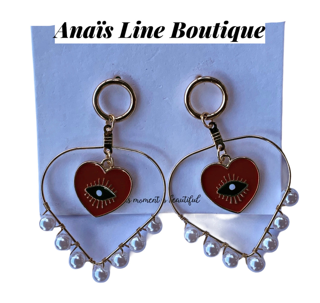 Pearls Heart & Eyes Earrings