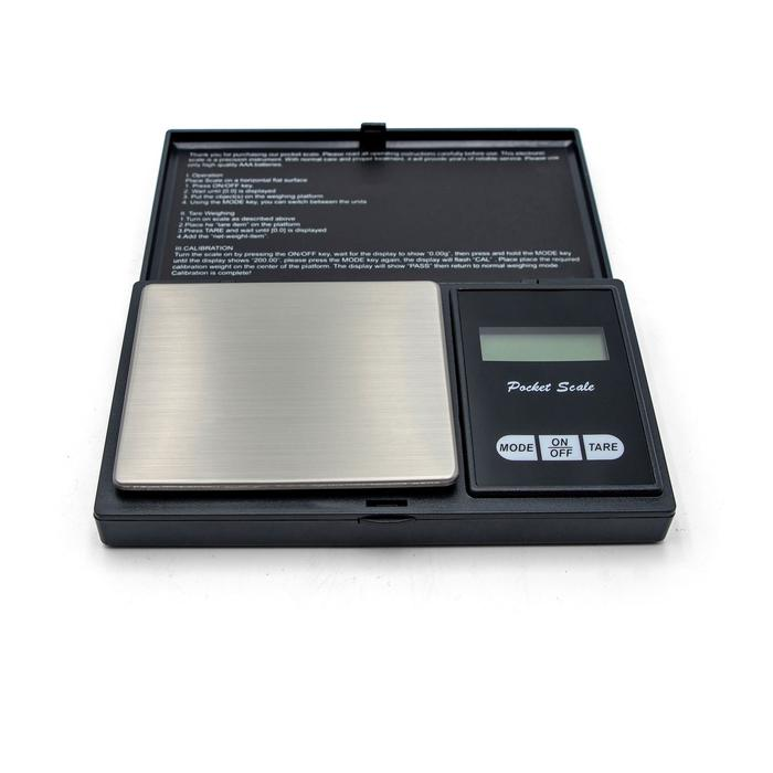 Northern Brewer Pocket scale open laying flat