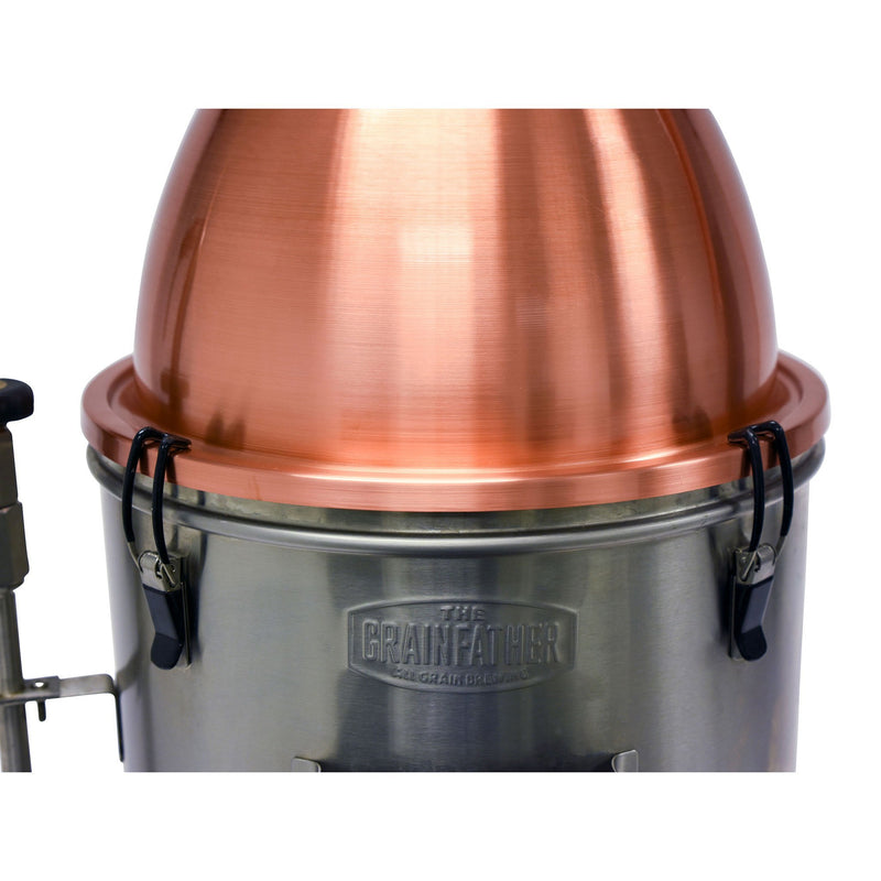 Connection between the Still Spirits Alembic Pot Still and a Grainfather