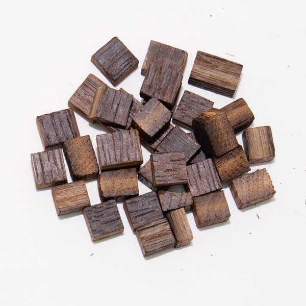 French Oak Cubes - Medium Toast - Midwest Supplies