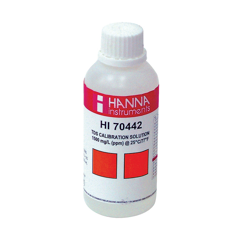 1500 ppm HANNA TDS Calibration Solution in its 230-ml bottle