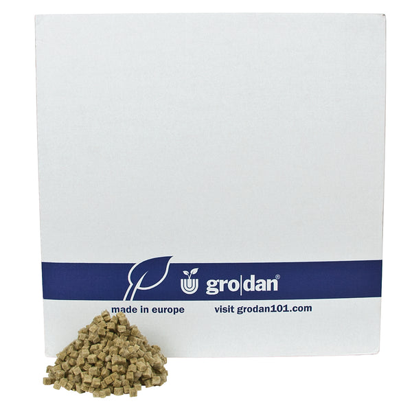 Grodan grow-cubes in front of its packaging
