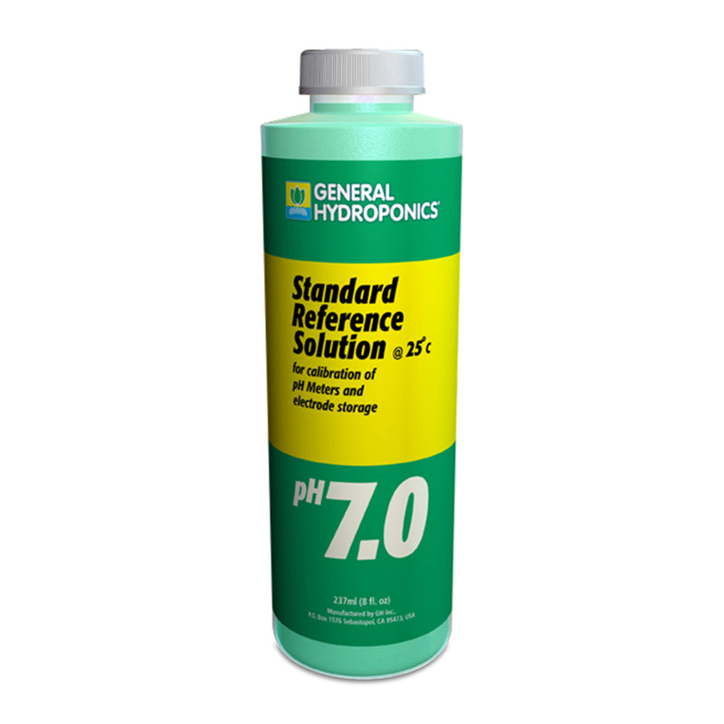 8-ounce container of GH pH 7.01 calibration solution