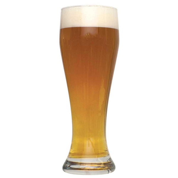 Tall glass of Bavarian Hefeweizen homebrew