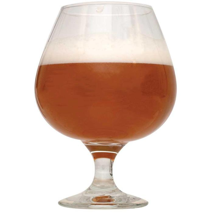 Shugga High Barleywine in a drinking glass