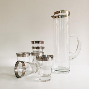 Dorothy Thorpe Style Pitcher Set