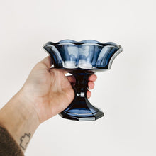 Load image into Gallery viewer, Indigo Pedestal Catchall