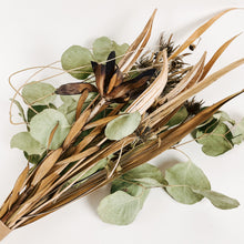 Load image into Gallery viewer, Medium Dried Flower Bouquet - Okra