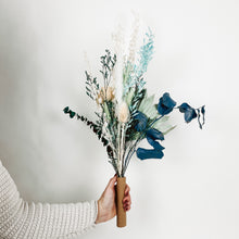 Load image into Gallery viewer, Large Dried Flower Bouquet - Cerulean