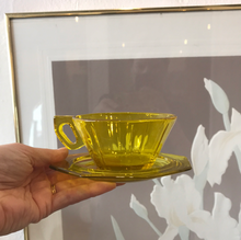 Load image into Gallery viewer, Set of 4 Yellow glass Espresso Cups with plates