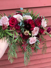 Load image into Gallery viewer, Fresh Flowers Bridal Bouquet