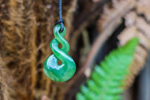 Load image into Gallery viewer, Pikorua Pounamu necklace