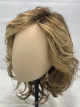 Load image into Gallery viewer, Beach Mono Wig by Ellen Wille