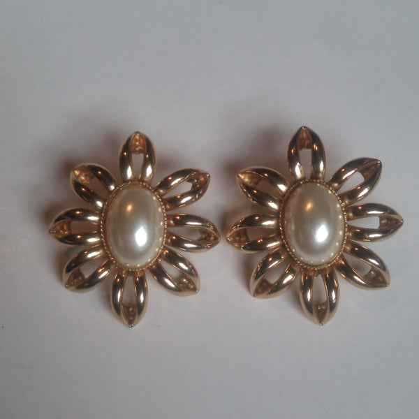 1960s Floral Earrings