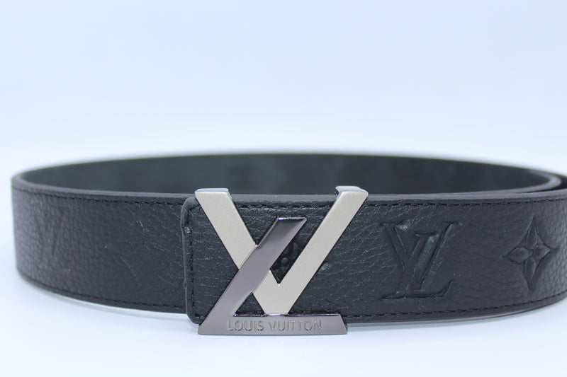 Amazing New Buckle Black Leather Belt