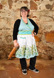 Apron Hostess Greenery