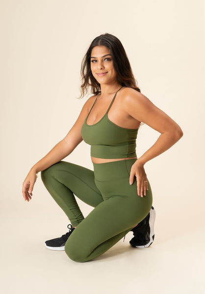 essential-leggings-activewear-workout-clothes