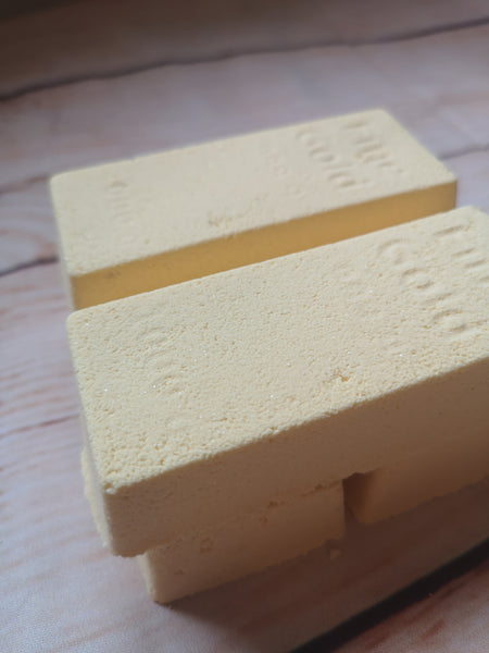 One gold bullion bath bomb mens fragrance