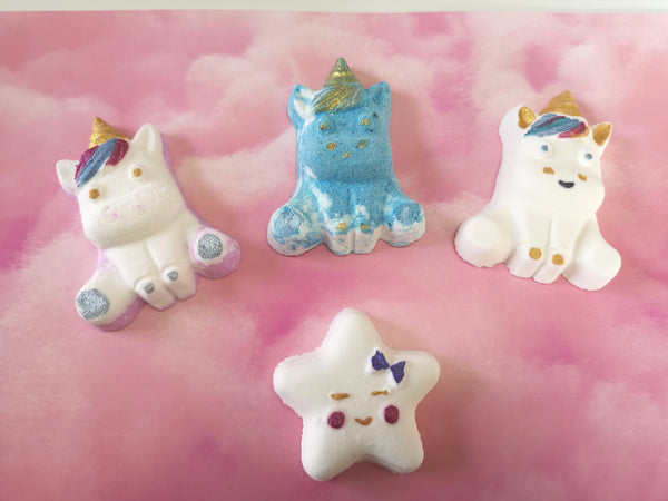 Unicorn and stars  bath bomb gift set