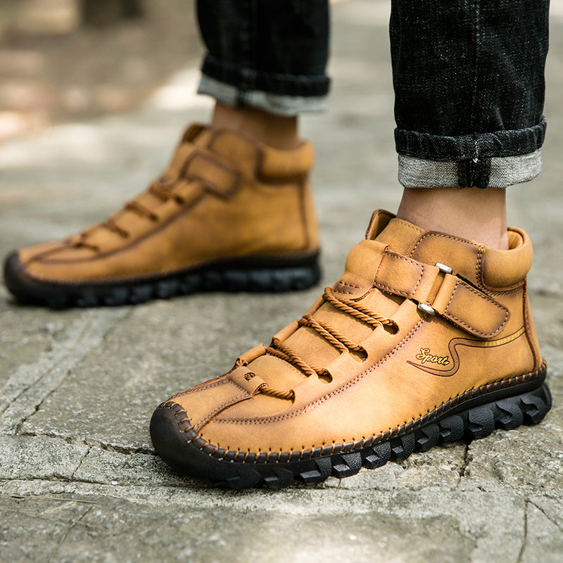 Men Cow Leather Non Slip Hand Stitching Soft Sole Casual Outdoor Boots