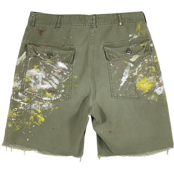 VINTAGE ARMY SHORTS WITH PAINT
